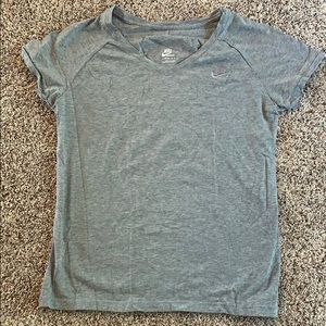 Nike Tops - Nike v neck T-shirt